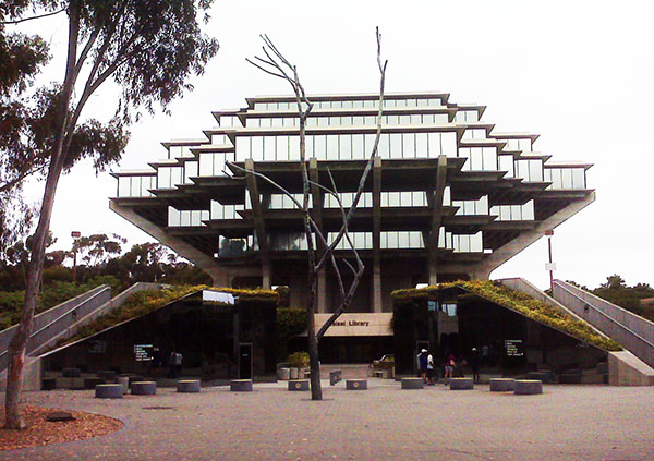 Art in Libraries: Giesel Library in San Diego