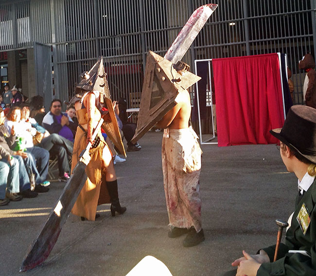 fan-fest-cosplay-fashion