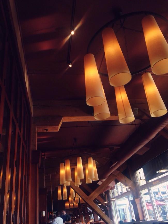 Lights at Elliott's Oyster House, Seattle