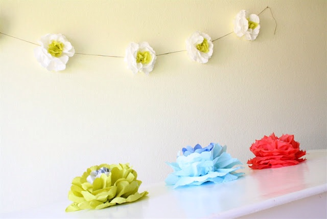 Paper flowers via Made Everyday