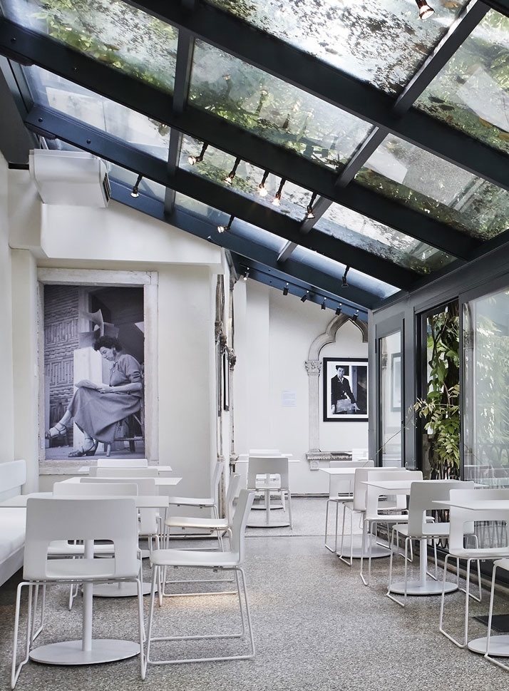 Peggy Guggenheim museum cafe in Venice Italy
