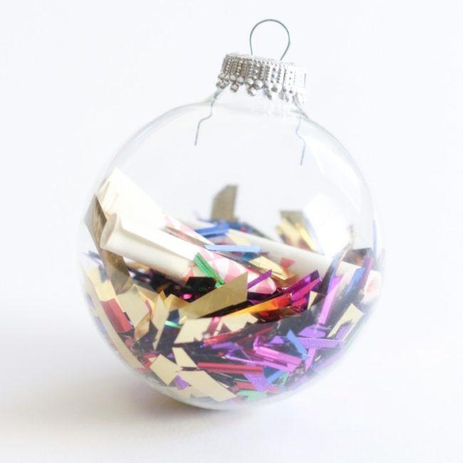 Resolution ornament